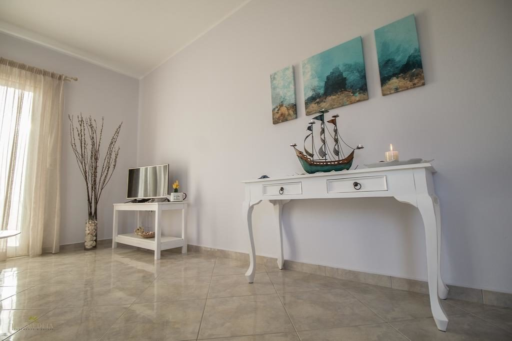 Deluxe Apartment II